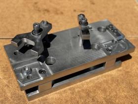 MC用アルミ鋳物加工治具(2)サイズ:400×250mm