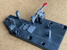 MC用アルミ鋳物加工治具(1)サイズ:200×300mm